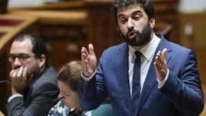 """Ministro da Educação assume necessidade de """"agir urgentemente"""" junto dos jovens para combater abstenção"""