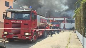 Explosão e fogo em fábrica causam susto em Felgueiras