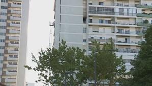 Incêndio em prédio de Lisboa faz dois feridos