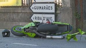 Motociclista morre em colisão com carro em Famalicão