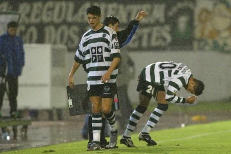 befab7c653 Ronaldo e Quaresma juntos da pobreza ao estrelato - Desporto ...