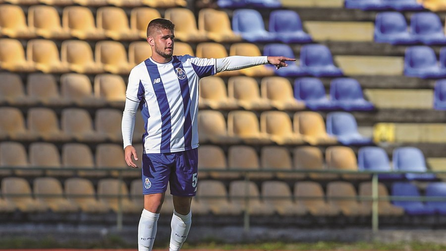 Diogo Queirós esteve em grande destaque na última temporada, ao serviço do FCPorto B