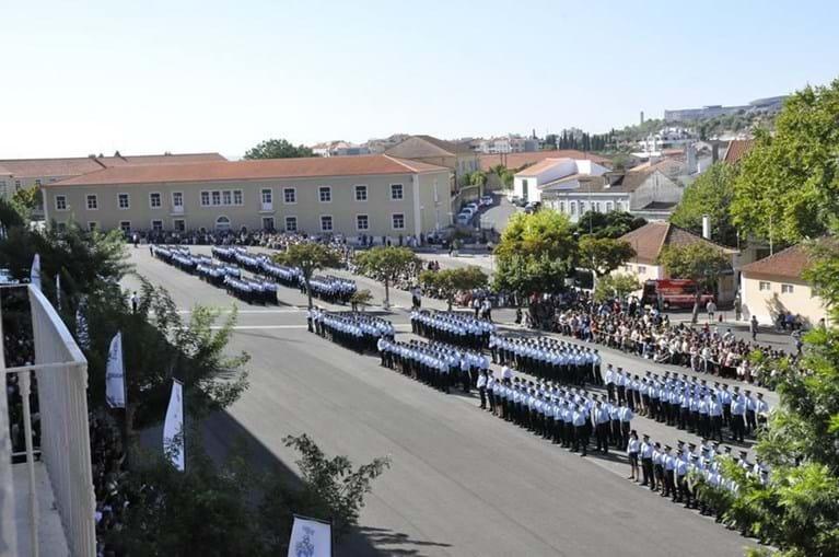 Polícias na escola da PSP em Torres Novas