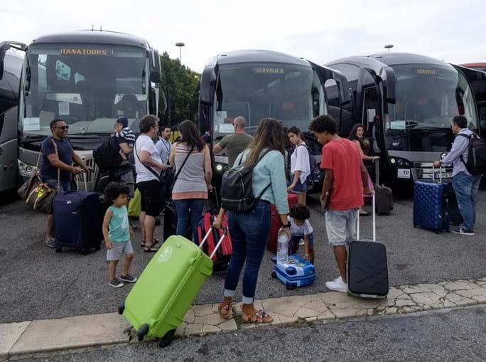 Descontentamento marcou o estado de espírito dos passageiros com destino à ilha espanhola de Menorca, que antes tiveram de viajar até Beja