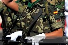 fd39bb7d64 ... Exército espanhol admite que mulheres usem farda masculina para  esconder tatuagens