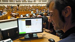 Material da ARTV custa mais de 1,6 milhões de euros por ano