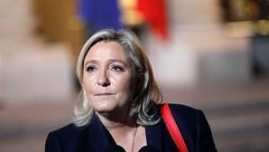 Marine Le Pen diz nunca ter apelado à violência em manifestação em Paris