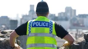 Polícia fez sexo com jovem desaparecida que era procurada pelos colegas de esquadra