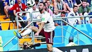 Miguel Layún rende quatro milhões de euros ao FC Porto