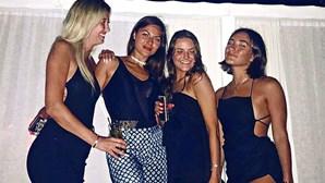 Filha de Mourinho exibe vida de luxo em férias na Grécia
