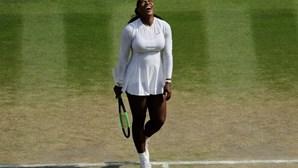 Serena Williams apura-se para a sua décima final do Torneio de Wimbledon em Londres