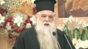 Bispo culpa ateísmo de Tsipras pelos incêndios na Grécia