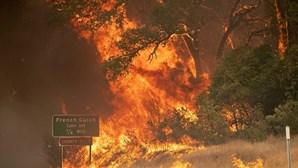 Incêndio na Califórnia é o mais grave na história do estado norte-americano