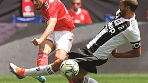 Benfica com sorte e arte empata com a Juventus