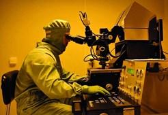 Elvira Fortunato lidera investigação sobre ecrãs