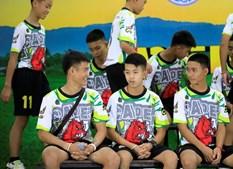 Meninos resgatados de gruta na Tailândia