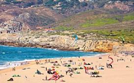 Férias dos portugueses são na praia e custam cerca de 700 euros