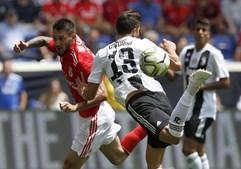 Juventus (sem Ronaldo) vence Benfica nos penáltis