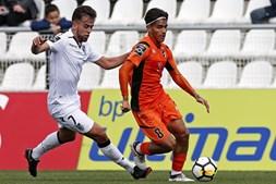 FC Porto empresta Fede Varela a equipa da II Liga espanhola