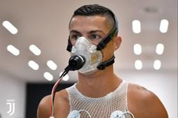 Cristiano Ronaldo já treina na Juventus