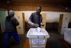 Zimbabwe foi a votos