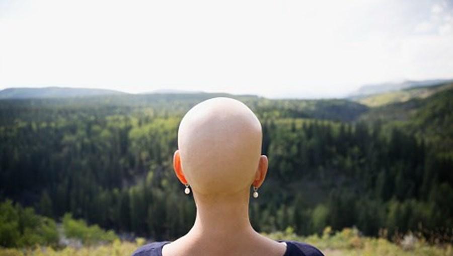 Mulher com cancro
