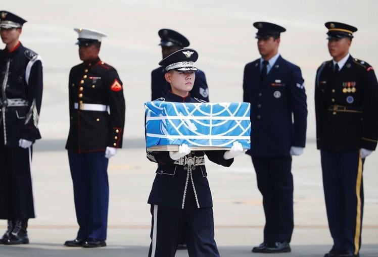 Coreia do Norte devolve aos EUA restos mortais de soldados