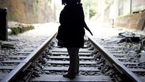 Pedófilo abusa de menina mais de 40 vezes durante seis anos