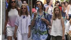 Rainhas de Espanha fazem pazes à força