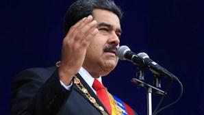 Empresas petrolíferas venezuelanas têm até domingo para vender petróleo aos EUA