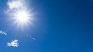 Quarta-feira 'quente' e 'nublada' com temperaturas a alcançar os 34 graus