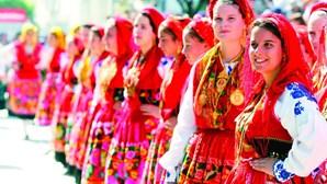 Mais de 400 espetáculos em festas e romarias