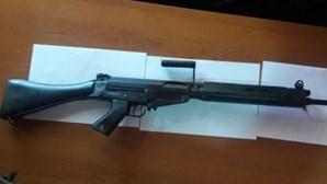 PSP apreende 13 espingardas e 2.400 cartuchos em campo de tiro ilegal em Mação
