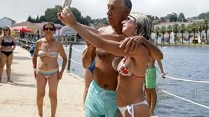 Marcelo volta às selfies em Castanheira de Pera