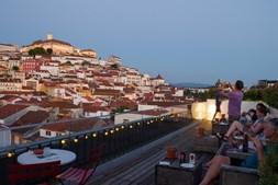 Esplanada do Hotel Olso, em Coimbra
