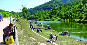 Pista de pesca é muito valorizada pela população de Cavez e já recebeu mundiais de pesca desportiva feminina