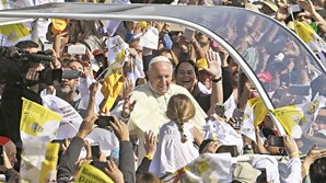 Papa Francisco esteve com vítimas de abusos sexuais na sua visita ao Chile e prepara-se para viajar este fim de semana à Irlanda, para conhecer mais casos