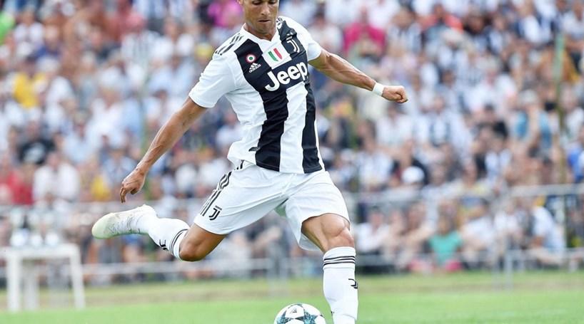 dcf50c662e Cristiano Ronaldo feliz pelo
