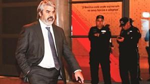 'Toupeira' do Benfica trai amiga para espiar árbitros