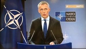 """Secretário-geral da NATO defende que Aliança não está a entrar numa nova """"Guerra Fria"""""""