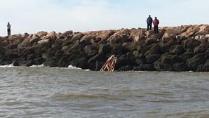 Molhe de Vila Real de Santo António danificado pelos temporais requalificado