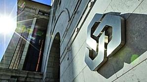 Moradores de Sintra manifestam-se contra fecho de balcões da Caixa Geral de Depósitos