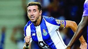 Herrera faz tudo para sair do FC Porto a custo zero