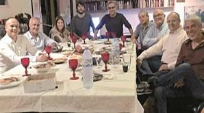 O jantar de José Sócrates com amigos em 2015, quando estava em prisão domiciliária