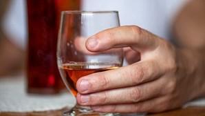 'Bêbados' precisam-se nos Estados Unidos