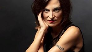 Deputada do PS elogia ministra lésbica e é criticada pela oposição