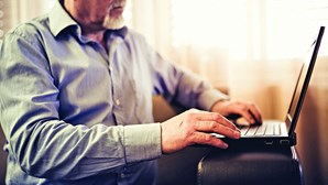 Programador informático distribui pedofilia na 'net' e é preso
