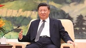 Xi Jinping dá os parabéns pela vitória ao democrata Joe Biden