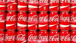"""""""Tenta ser menos branco"""": Coca-Cola acusada de racismo em vídeo de formação para funcionários"""