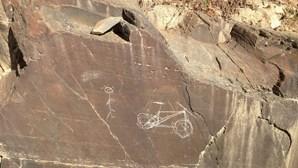 Descobertas mais gravuras rupestres no Vale do Côa
